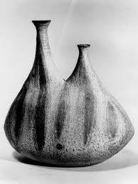 keramiki-Toshiko-Takaezu